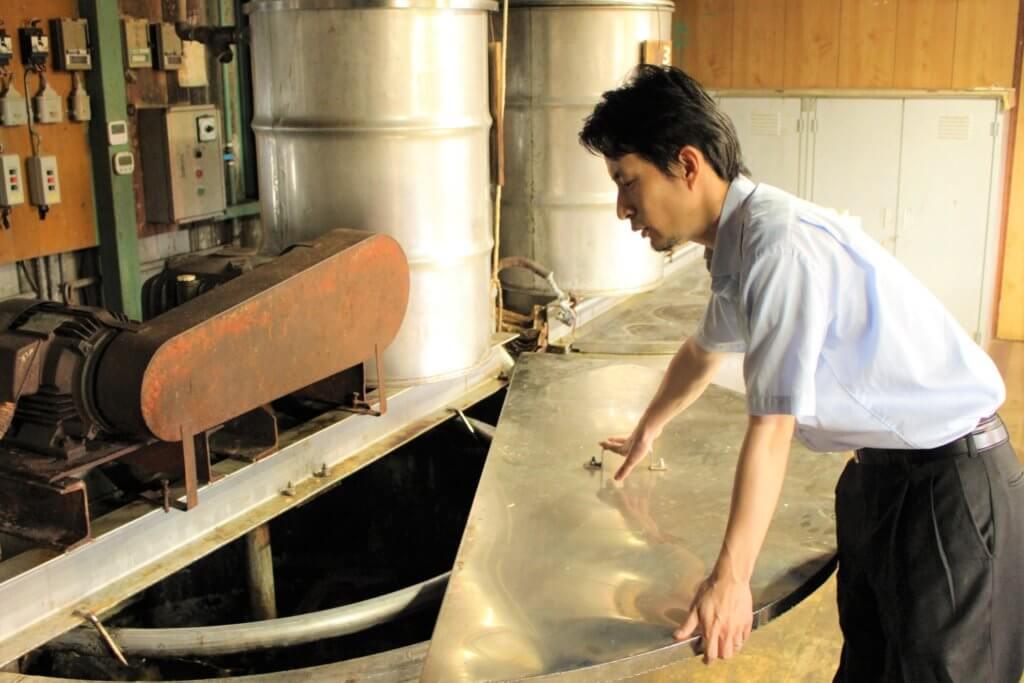 まるは油脂の石けんの石けん製造過程