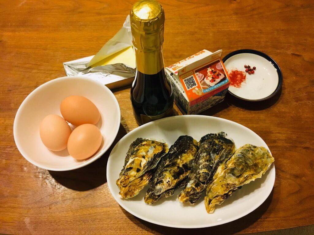 牡蠣のサバイヨン・オ・シャンパーニュが並べられている様子