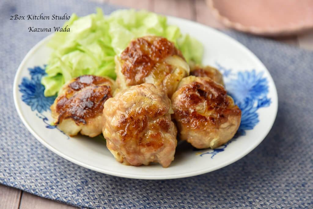 豚こまと玉ねぎの下味肉を使った「豚こまボール」の作り方